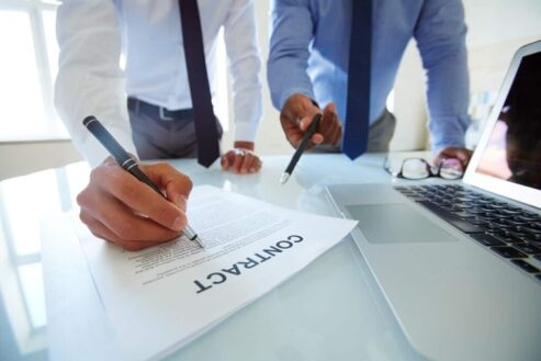 contract lawyer astoria